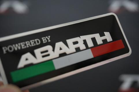 FİAT ABARTH POWERED BY ÇAMURLUK BAGAJ PLAKA LOGO OEM ÜRÜN